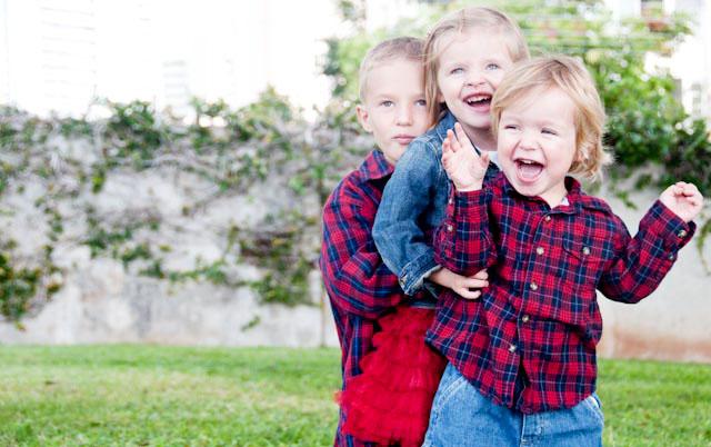 Childrens christmas photos 2010 - 3 (1 of 1) copy